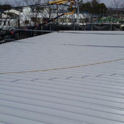 倉庫屋根の塗装工事|さいたま市岩槻区の株式会社T様の外装リフォーム
