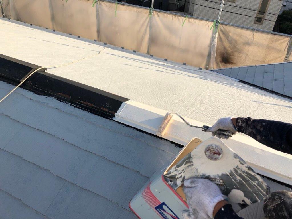 屋根の塗装工事|埼玉県さいたま市岩槻区の木造アパートにて塗り替えリフォーム